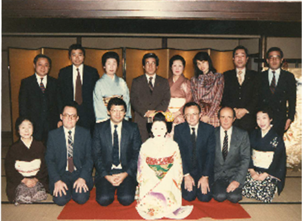At the occasion of the signature of the contract between TOTAL – OMORI for the import and distribution of TOTAL LUB in Japan